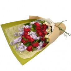 18pcs Roses Bouquet with Purple Flowers