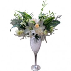 Champagne Glasses Vase arrangement